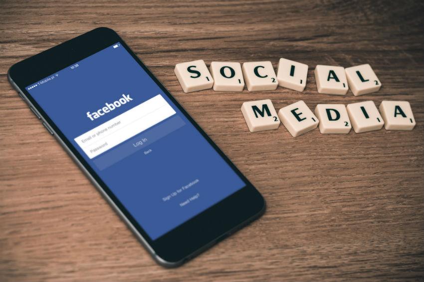 sociala medier, facebook